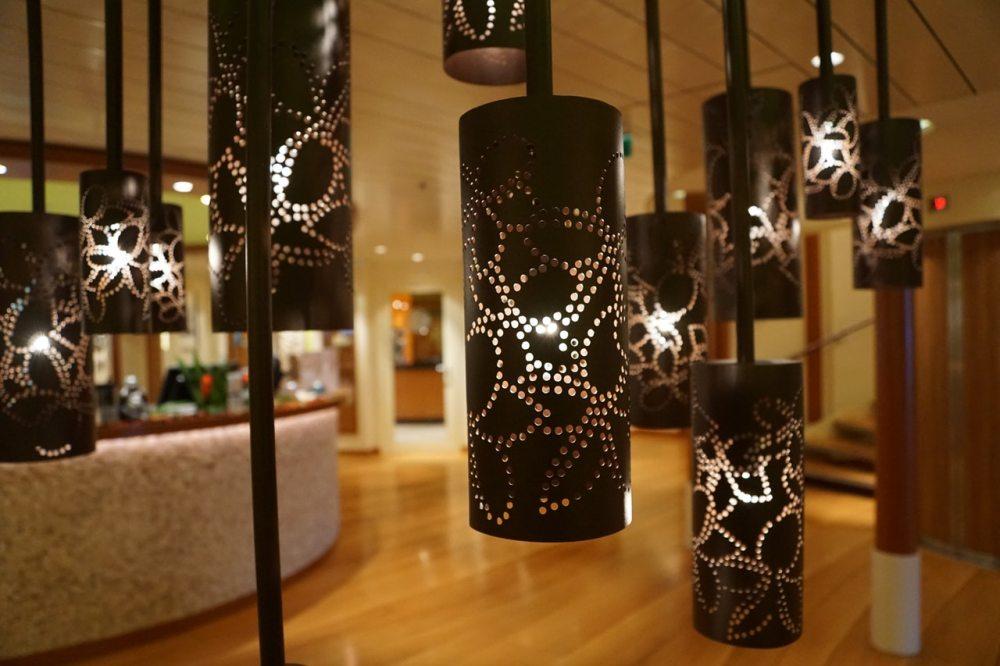 lights wood counter relax massage parlor